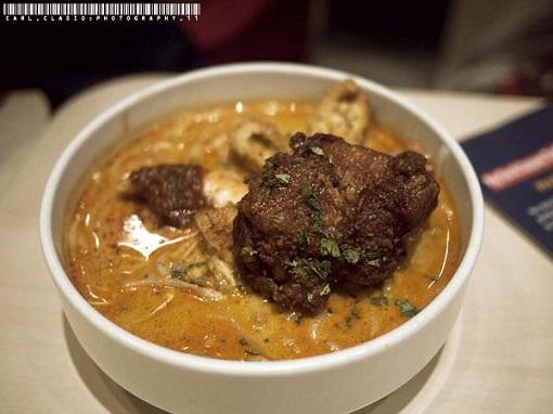 シンガポール料理ラクサ